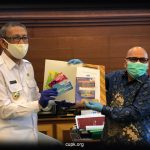 Gubernur Kalimantan Barat menjadi anggota Credit Union Pancur Kasih.